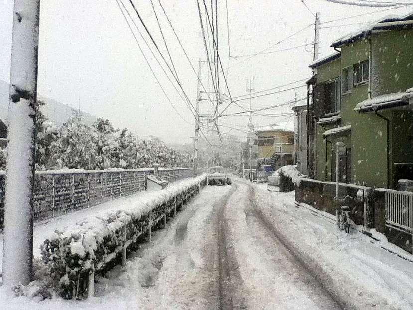 nevada japon kanagawa 14 enero 2013 puerta casa derecha
