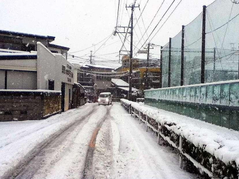 nevada japon kanagawa 14 enero 2013 puerta casa izquierda
