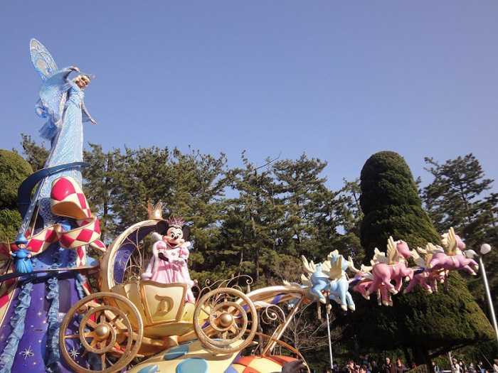 disneyland desfile