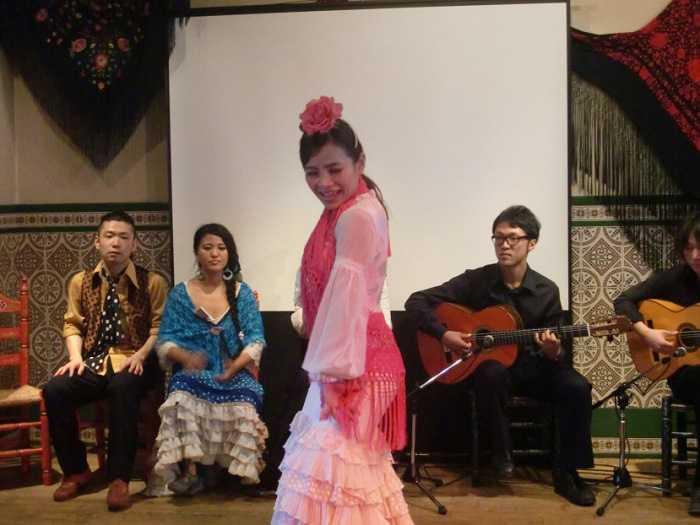 Show de flamenco en Feria de Abril en Japón. Mayo de 2014. Sala andaluza.