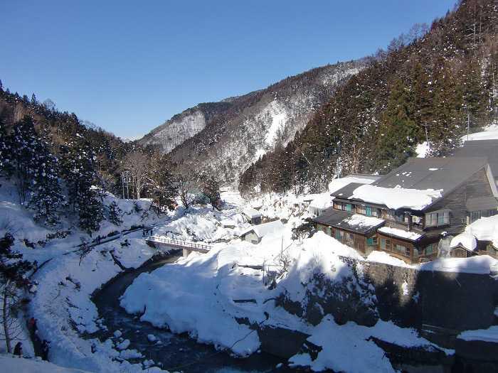 jigokudani_moneky_park_y_visita_a_nagano_007_camino_final_a_snow_monkey_park_06