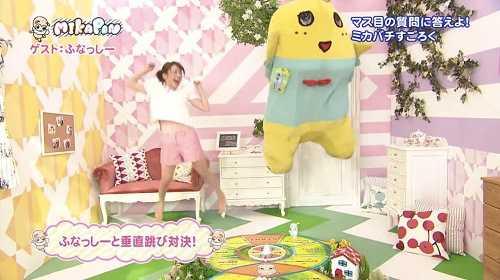 funasshi-saltando-en-un-programa-de-television-japonesa