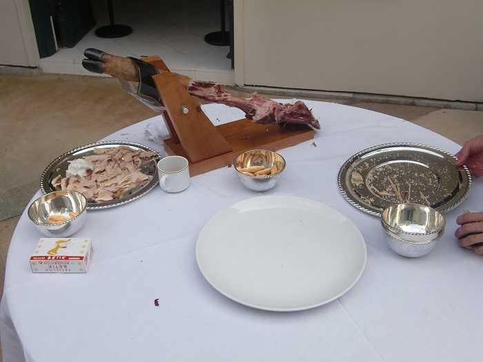 Celebracion Dia Hispanidad Embajada España Tokyo Jamon serrano