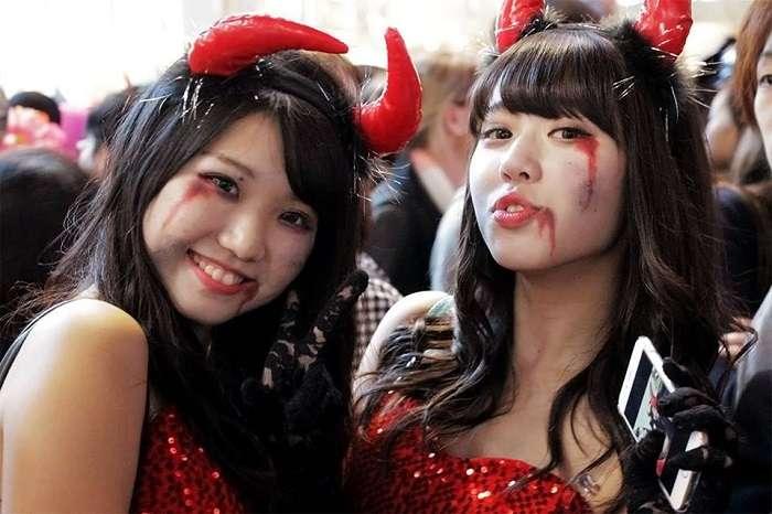 Halloween Shibuya 2014 Japonesas monas diablesas