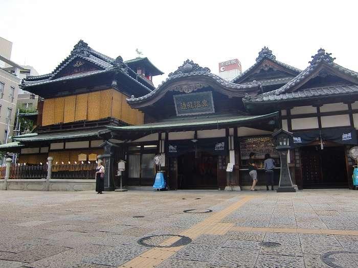 Dogo Onsen. Edificio