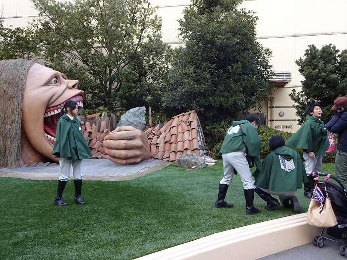 013 Universal Studios Japan. Shingeki no Kyojin. Tropas