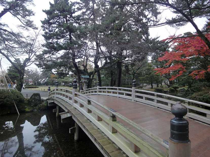jardin Kenrokuen kanazawa puente