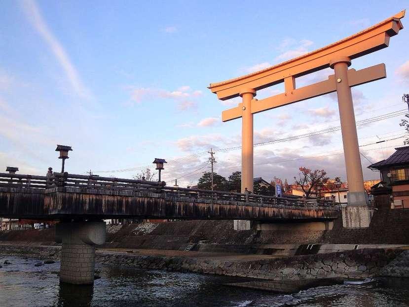 takayama torii gigante