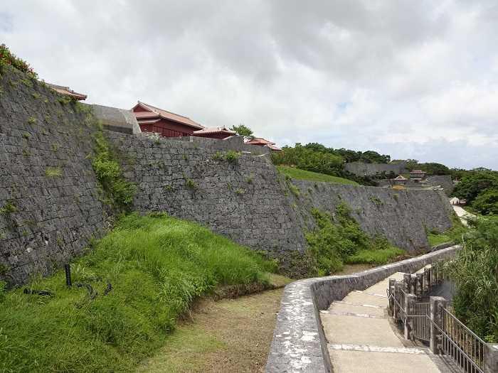 Castillo Shuri Okinawa 01