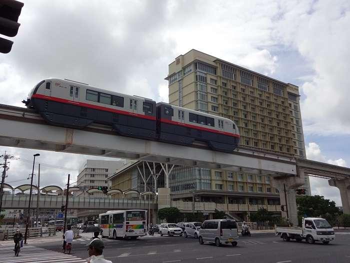 Monorail Yuireeru Okinawa