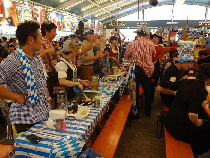 Yokohama Oktoberfest Carpa 02