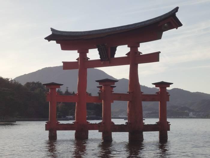 Miyajima torii central
