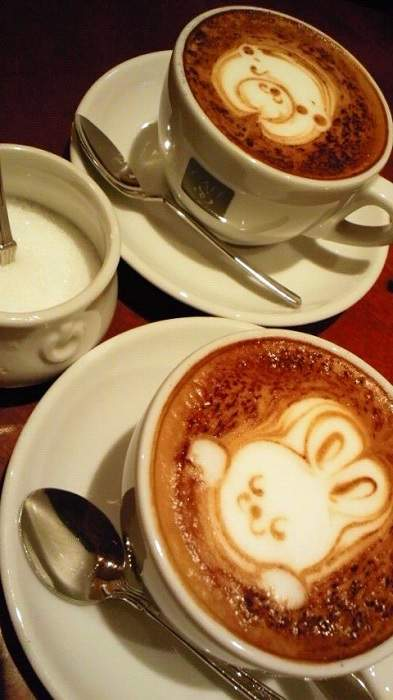 Café Quatre Vingt Neuf Shinjuku Latte Art