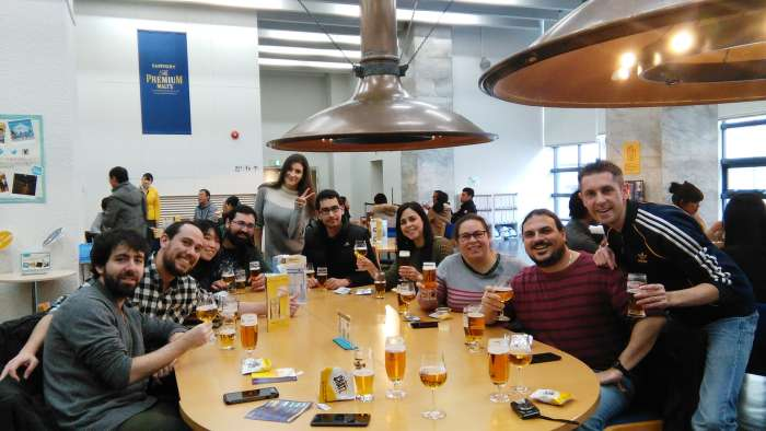 suntory-beer-salon-04-asistentes
