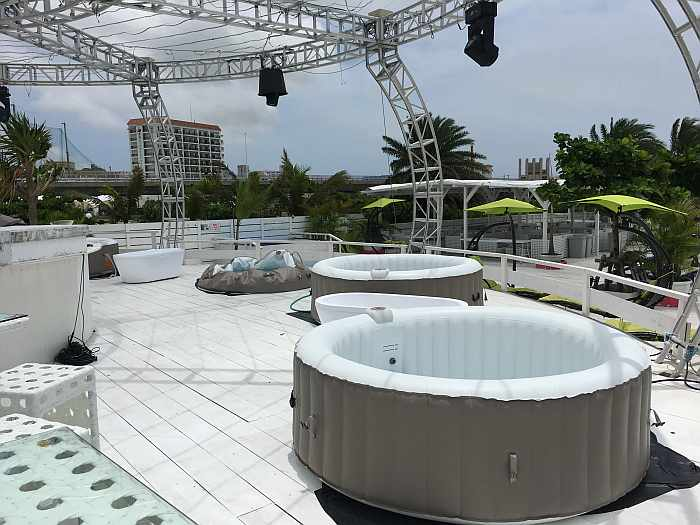 Cozy Beach Club Naha jacuzzi