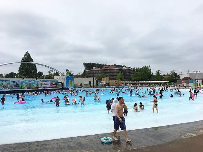 yomiuriland wai piscina olas 2