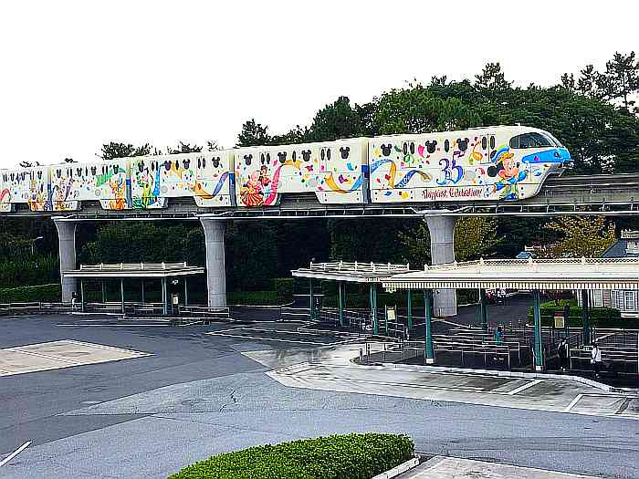 tren 35 aniversario disney sea japon