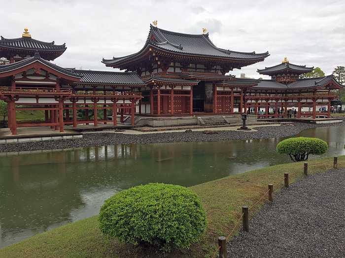 kyoto uji byodo-in izquierda