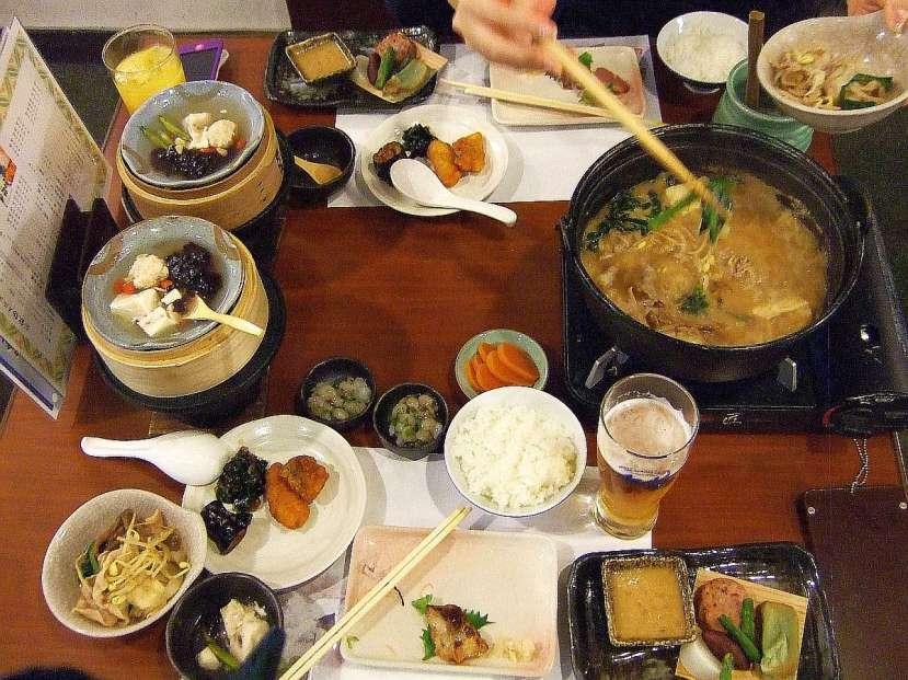 ryokan hakone cena tradicional kaiseki ryori