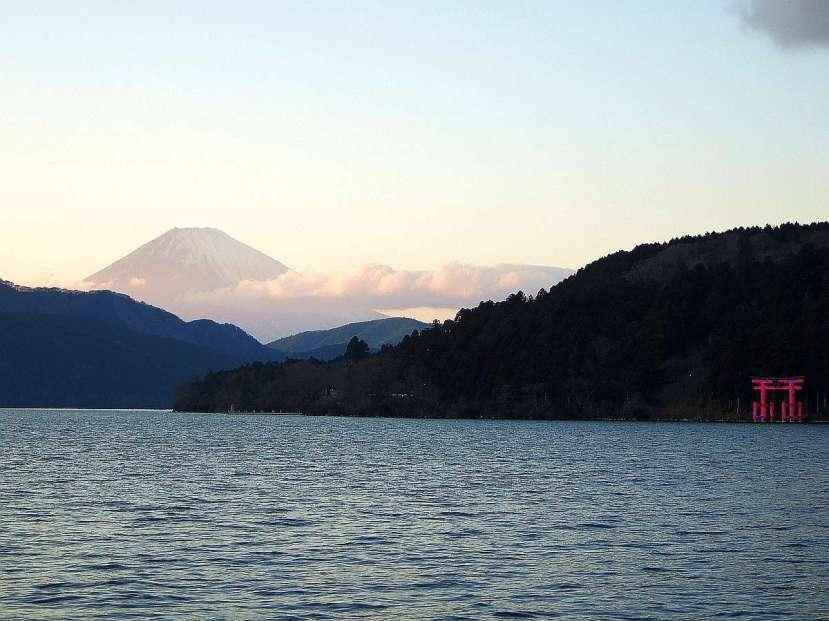 vistas monte fuji desde lago hakone